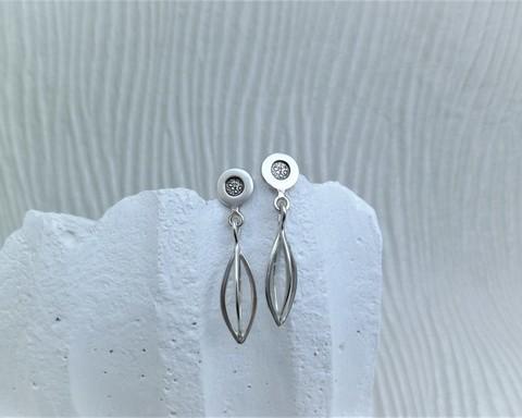 Large thumb bracelets lantern ear rings