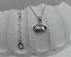 Thumb bracelets star fruit necklace