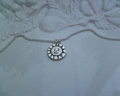 Thumb necklaces sun pendant